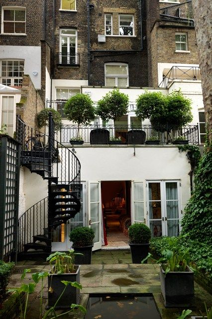 Arquitectura gyg gabinete arquitectura blog for Terraced house garden ideas